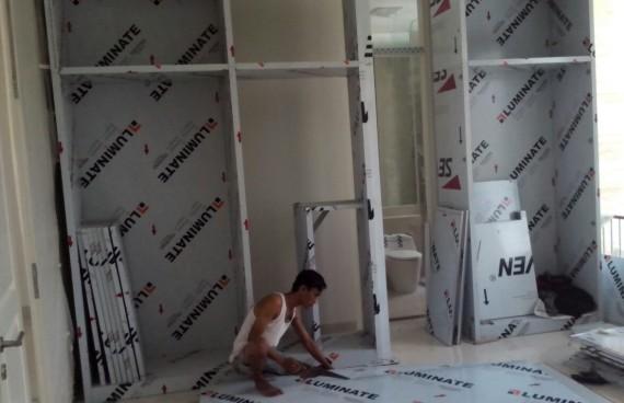 Proses setting pembuatan lemari pakaian / bed set
