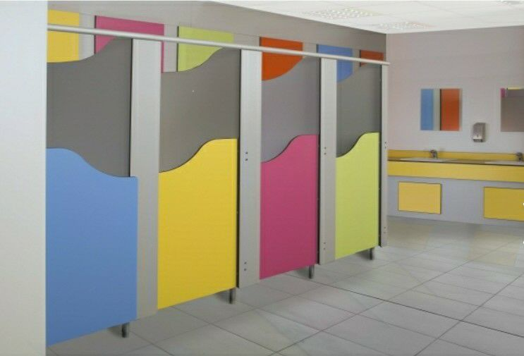 PartitionToiletcubiclekid4