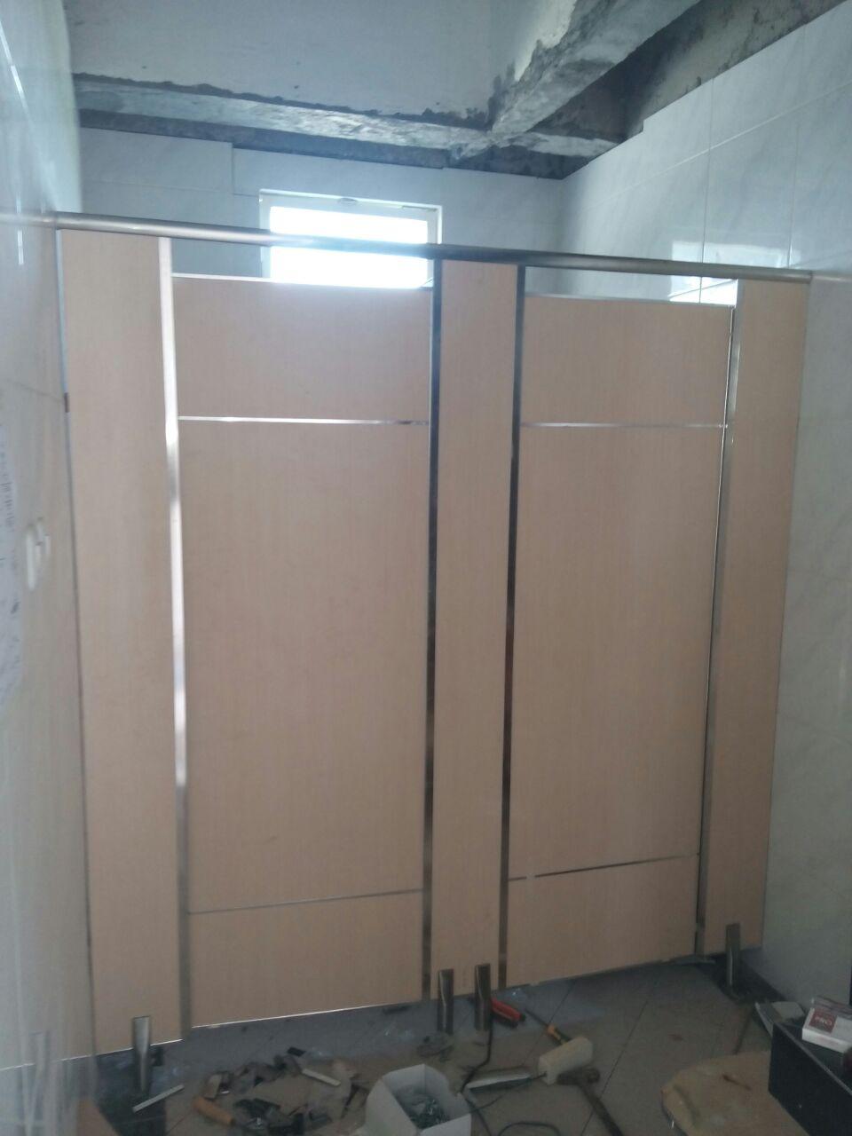 ToiletcubicletolSurabayaMojokerto2