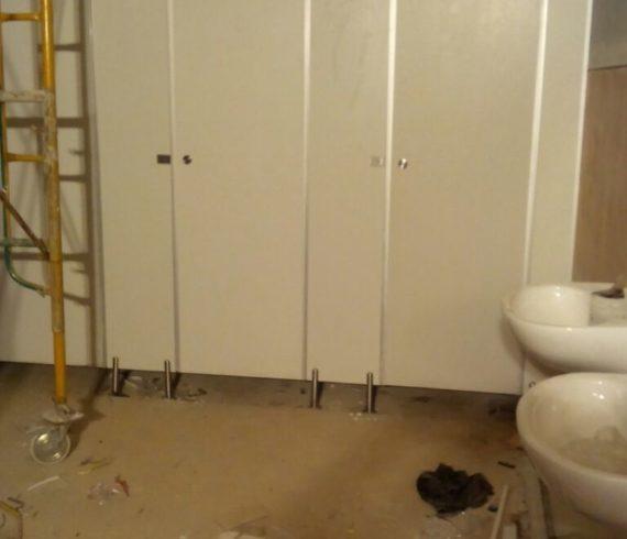 Pemasangan 20 unit Toiletcubicle di Proyek Prodi otomotif