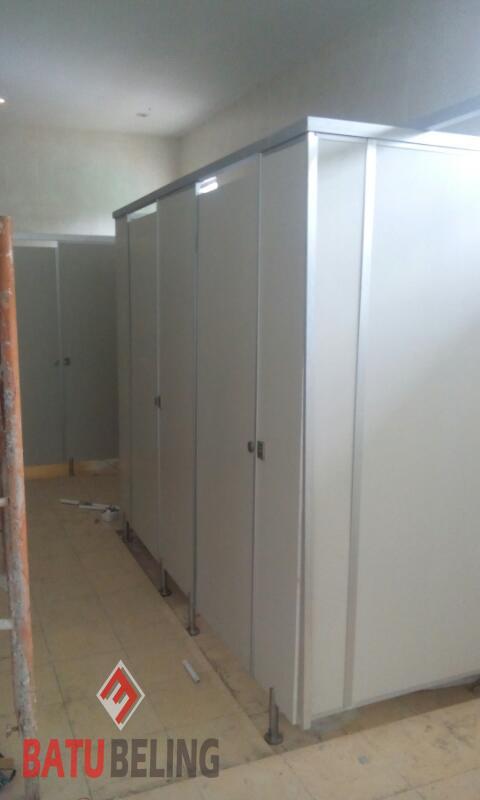 Cubicle Toilet PVC Board Intiland Darmo Harapan