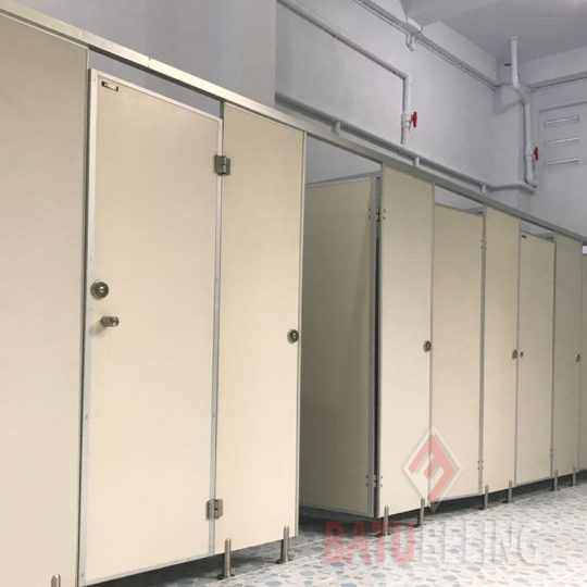 Toilet Cubicle Pvc Board di Cerebon