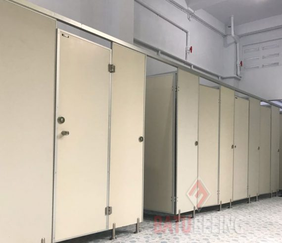Toilet Cubicle Pvc Board di Cerebon