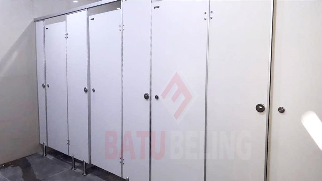 Partisi Toilet Phenolicresin - Warna Ivory di Lamongan