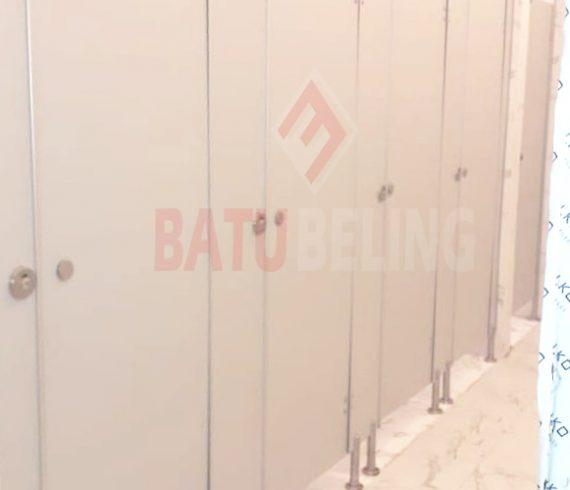Cubicle Toilet Al - Khairiyah Surabaya